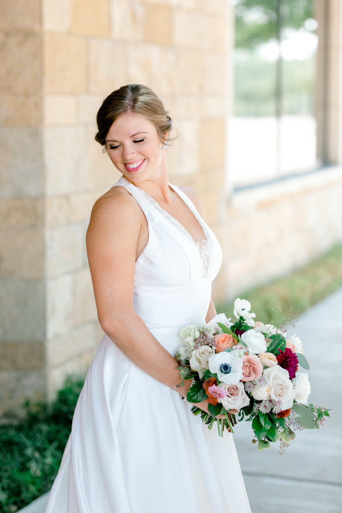 Kaylee & Michael's Wedding at Watermark Community Church | Dallas Wedding Photographer | Sami Kathryn Photography-64
