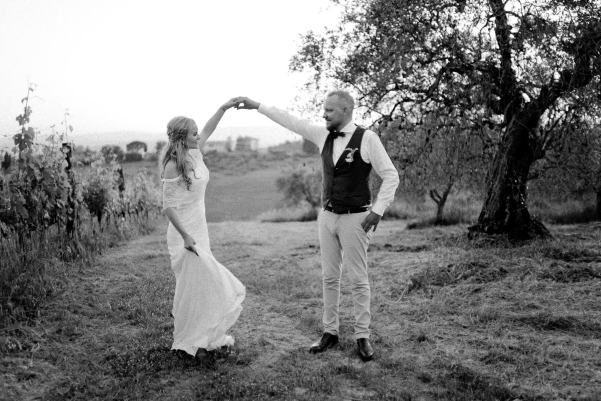 Intimate_Wedding_Photographer_Tuscany_Flora_and_Grace (173 von 227)