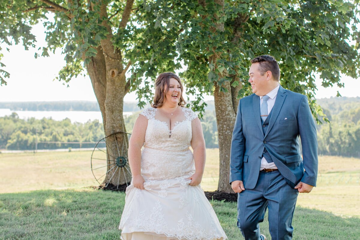 laura-ben-campbell-farm-white-lake-wedding-grey-loft-studio-2020-165