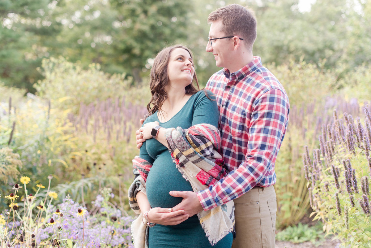 fort williams maternity session.