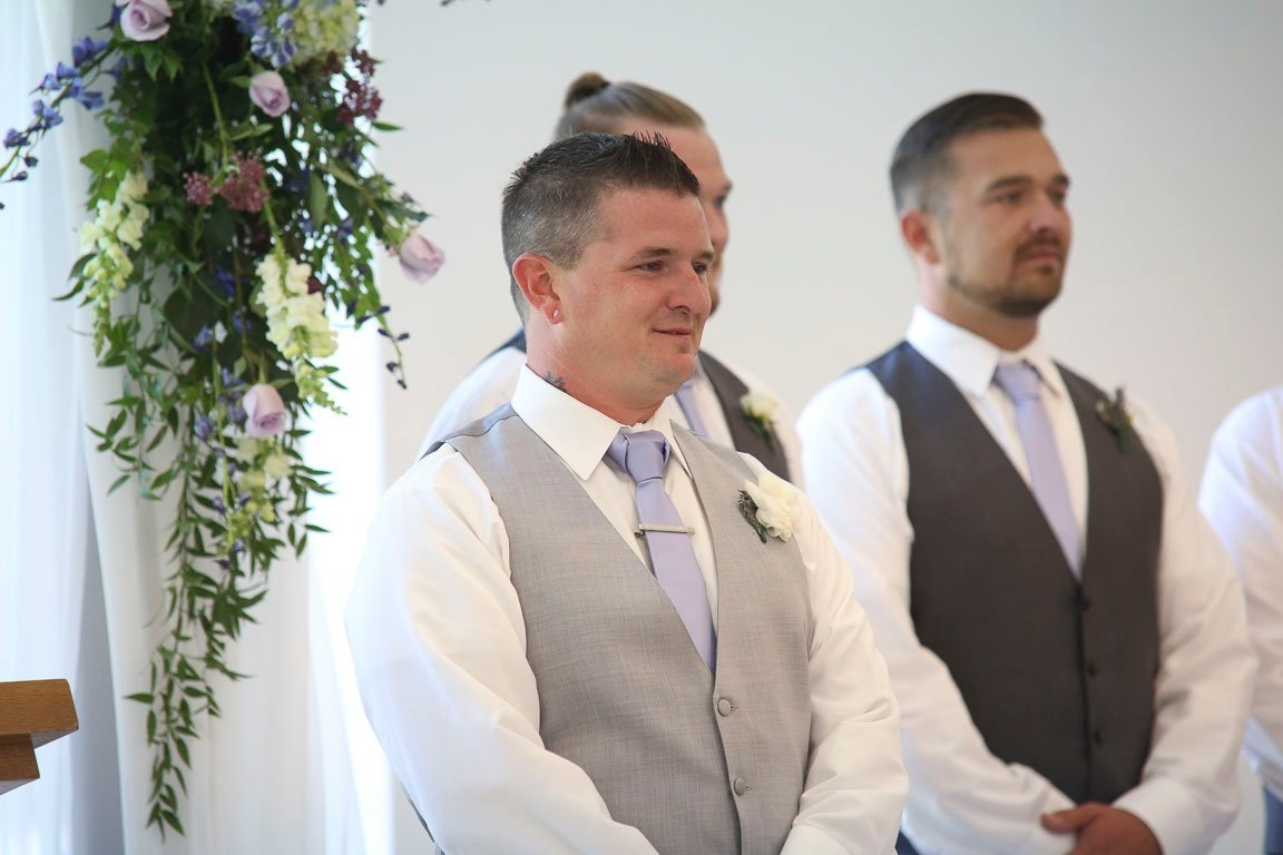 arkansas groom tears up when he sees his bride, first look
