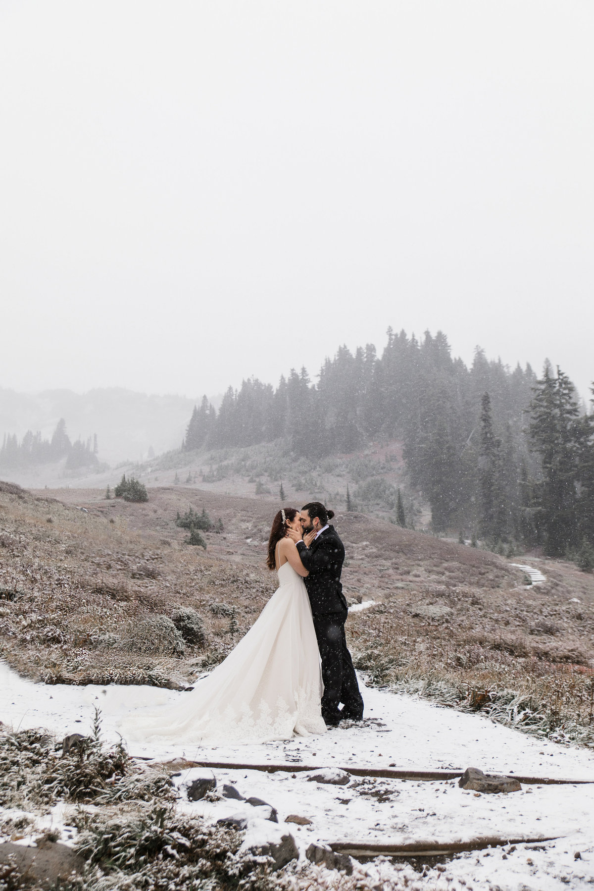 Mount-Rainier-Adventure-Elopement-63