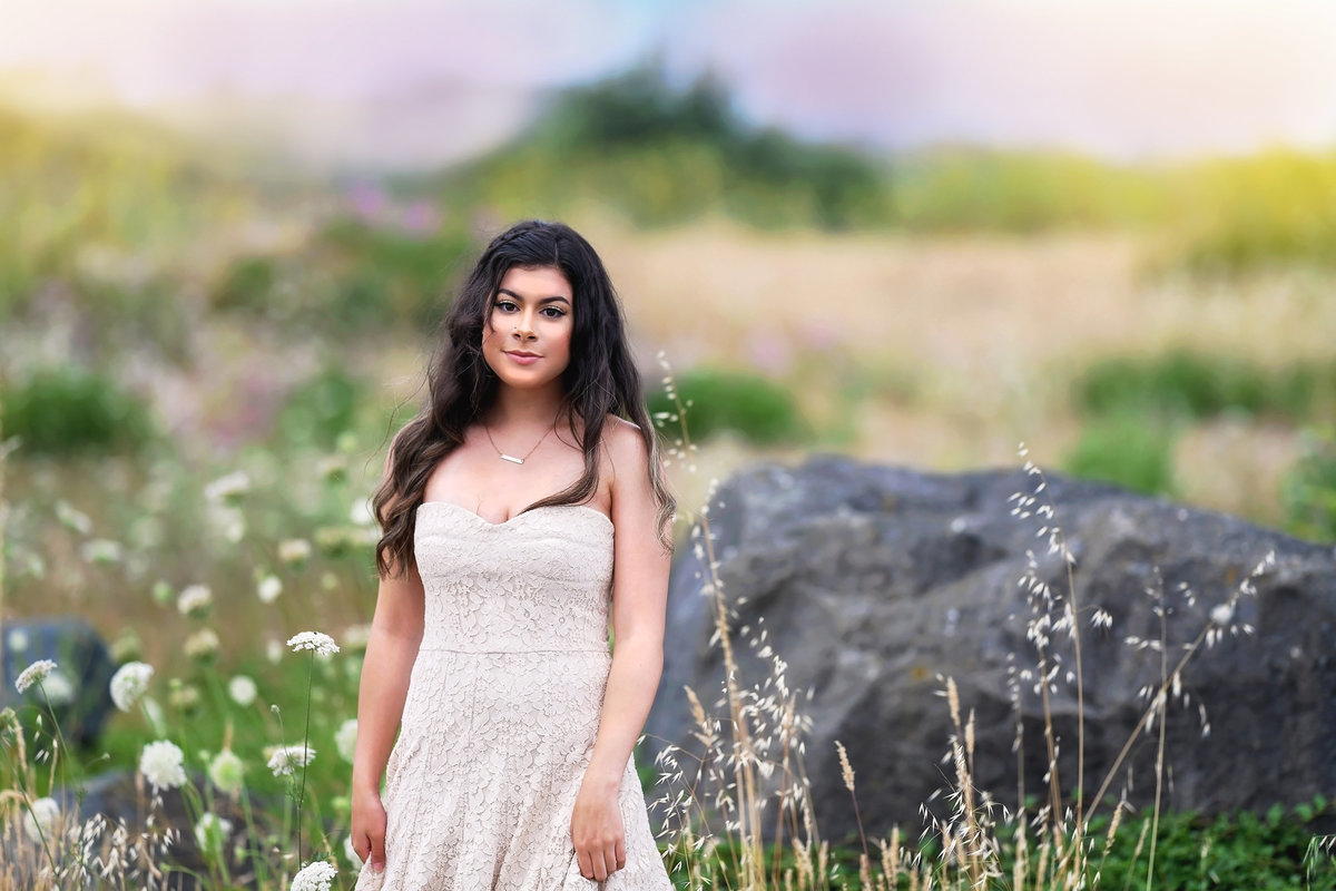 Redway-California-senior-portrait-photographer-Parky's-Pics-Photography-Medocino-County-Fortuna-High-Flower-Field-5.jpg