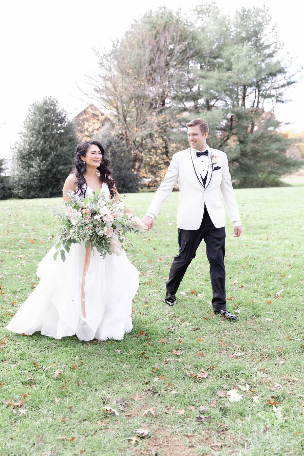 Inn at Fernbrook Farms wedding with classically romantic style