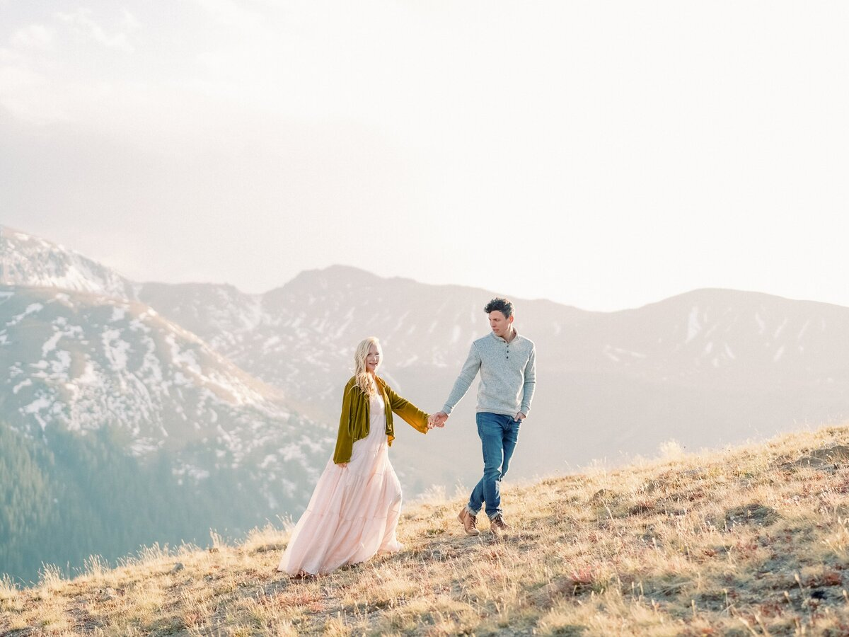 Independence Pass Colorado Couples Photographer Brooke Tom-236 copy