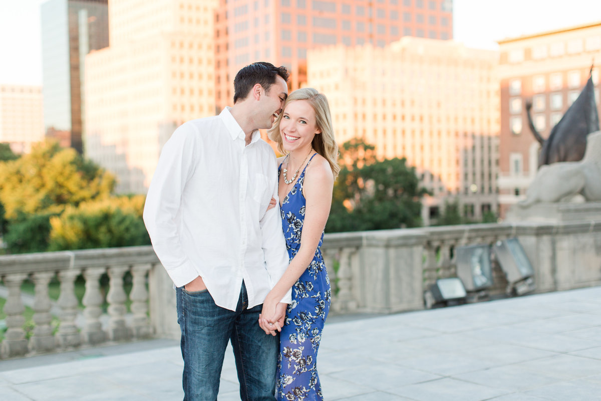 Indianapolis War Memorial Downtown Engagement Session Sunrise Sami Renee Photography-4
