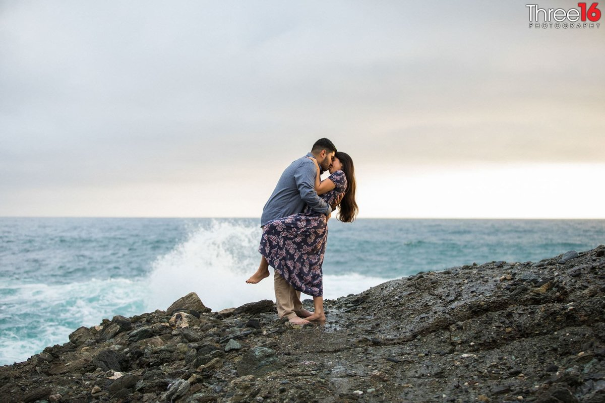 Table Rock Beach Engagement Photos