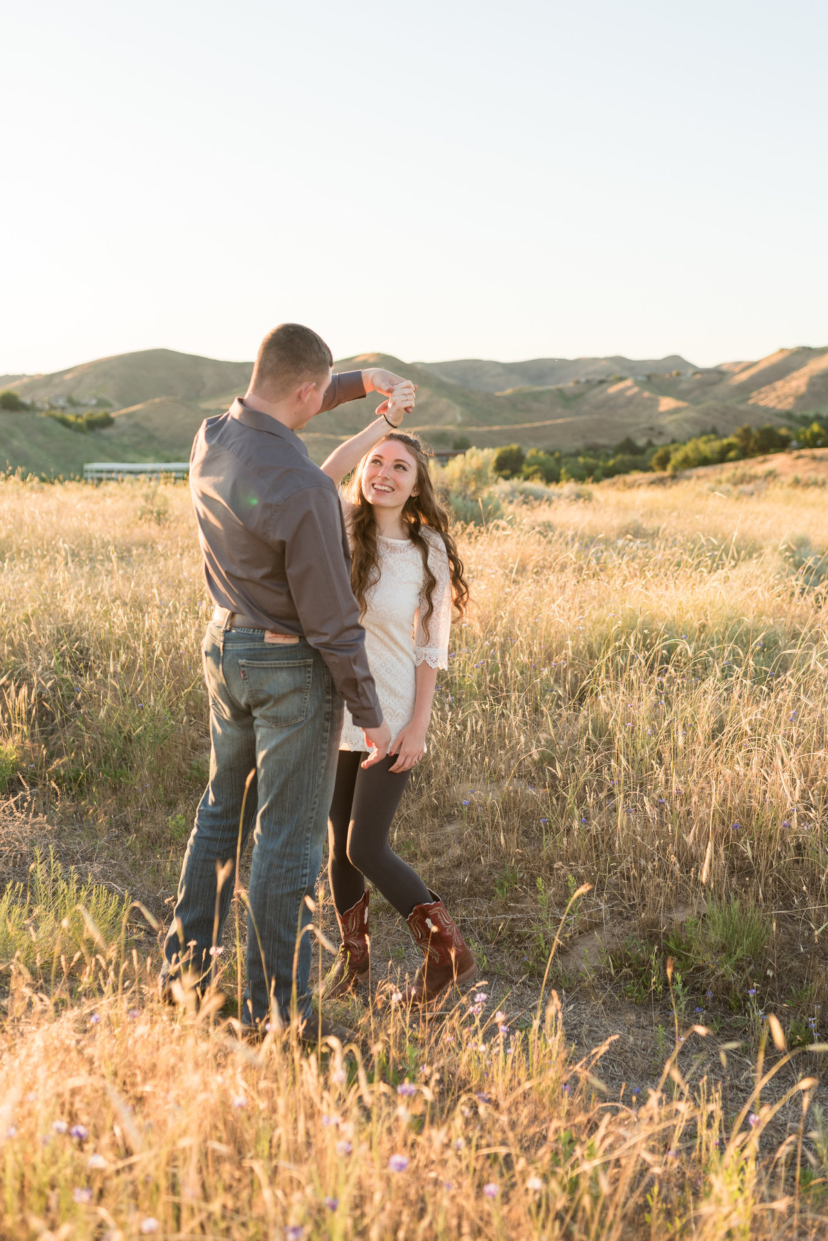 Spring Boise Foothills Engagement Shoot08