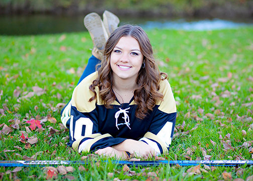 senior portraits hockey girl northville mi park