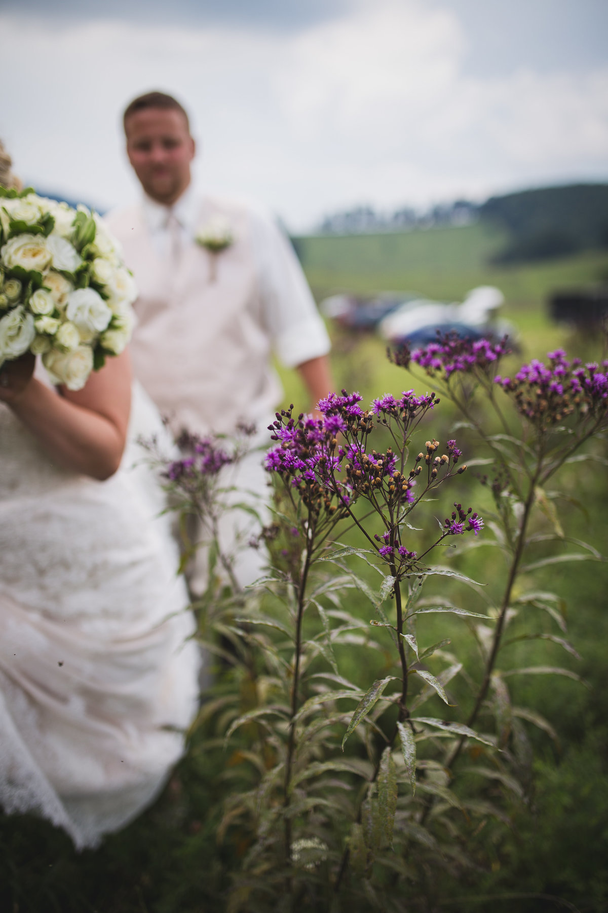 farm-wedding-hay-field-bride
