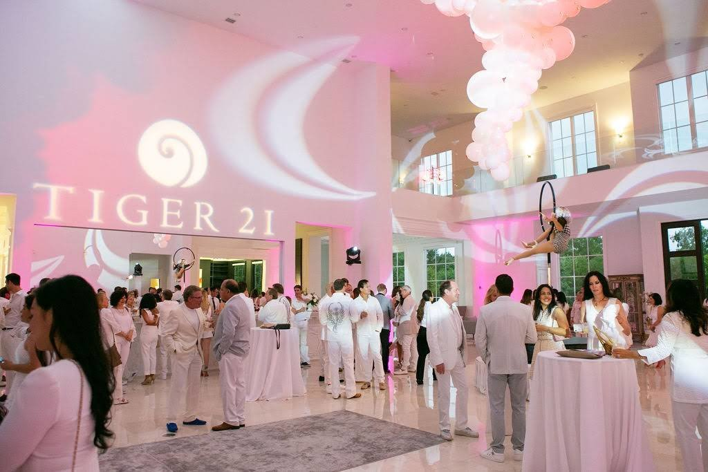 Tiger21_InfamousWhiteParty2019-0192