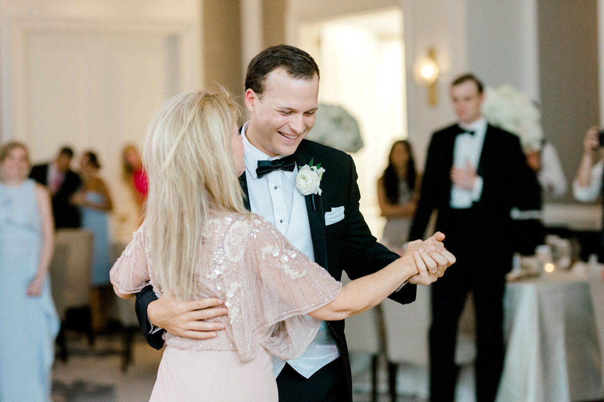 Wedding at the Crescent Court Hotel and Highland Park United Methodist Church in Dallas | Sami Kathryn Photography | DFW Wedding Photographer-176