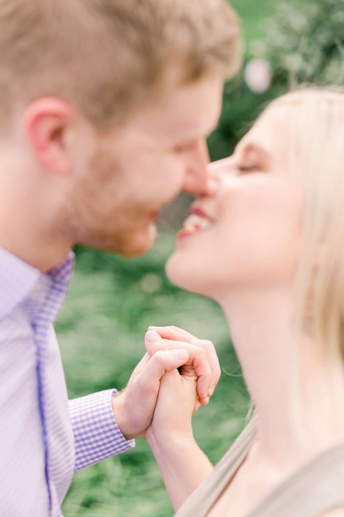 Cincinnati-engagement-wedding-photographer-eden-park-art-museum-smale-riverfront004