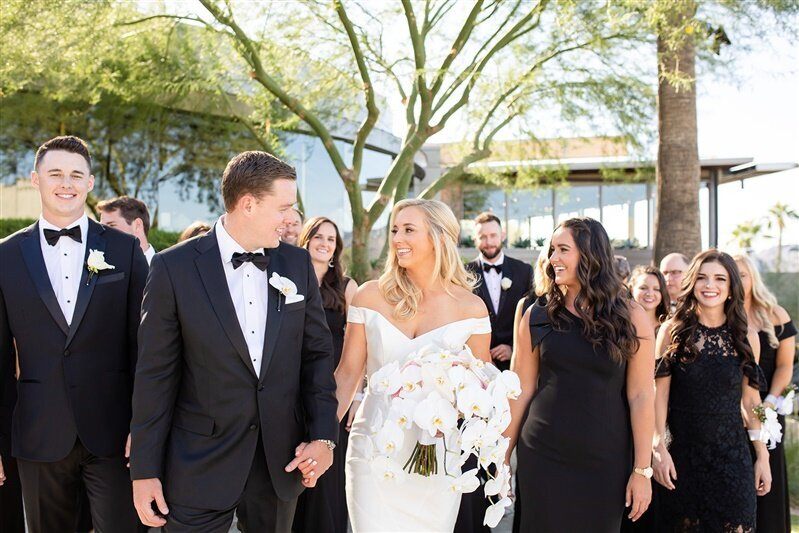 Sanctuary-camelback-resort-bridal-party-group