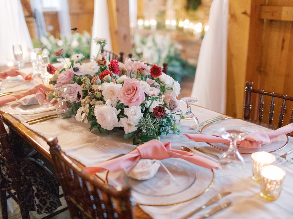 romantic wedding table Delaware florist