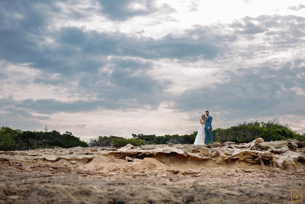 Amédézal-wedding-photographe-mariage-Lyon-Formentera-inspiration-couple-lovers
