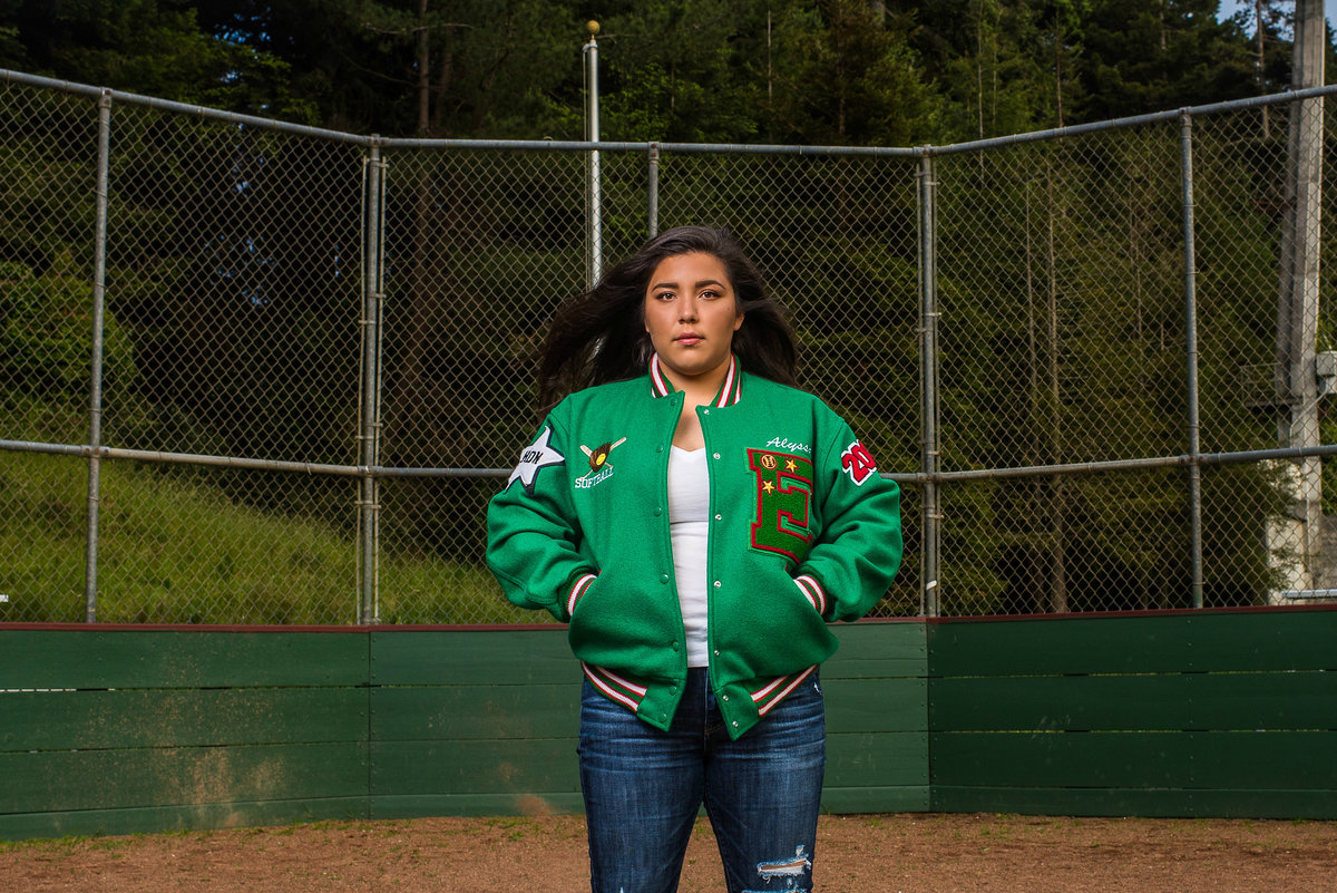Redway-California-senior-portrait-photographer-Parky's-Pics-PhotographyHumboldt-County-Eureka-HIgh-softball.2.jpg