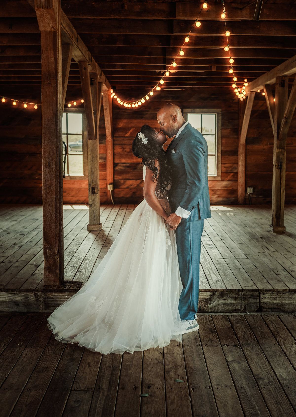 edmond oklahoma wedding, 405 brides, barn at the woods