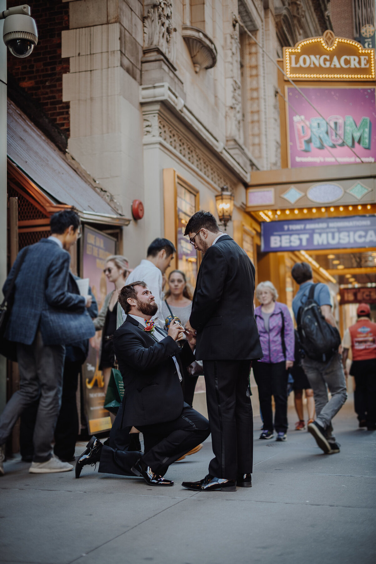 Broadway Proposal Photorapher