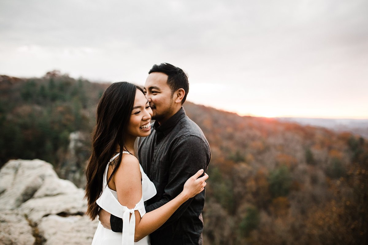 sunrise-mountain-engagement-session-rocks-state-park-maryland-rebecca-renner-photography_0002