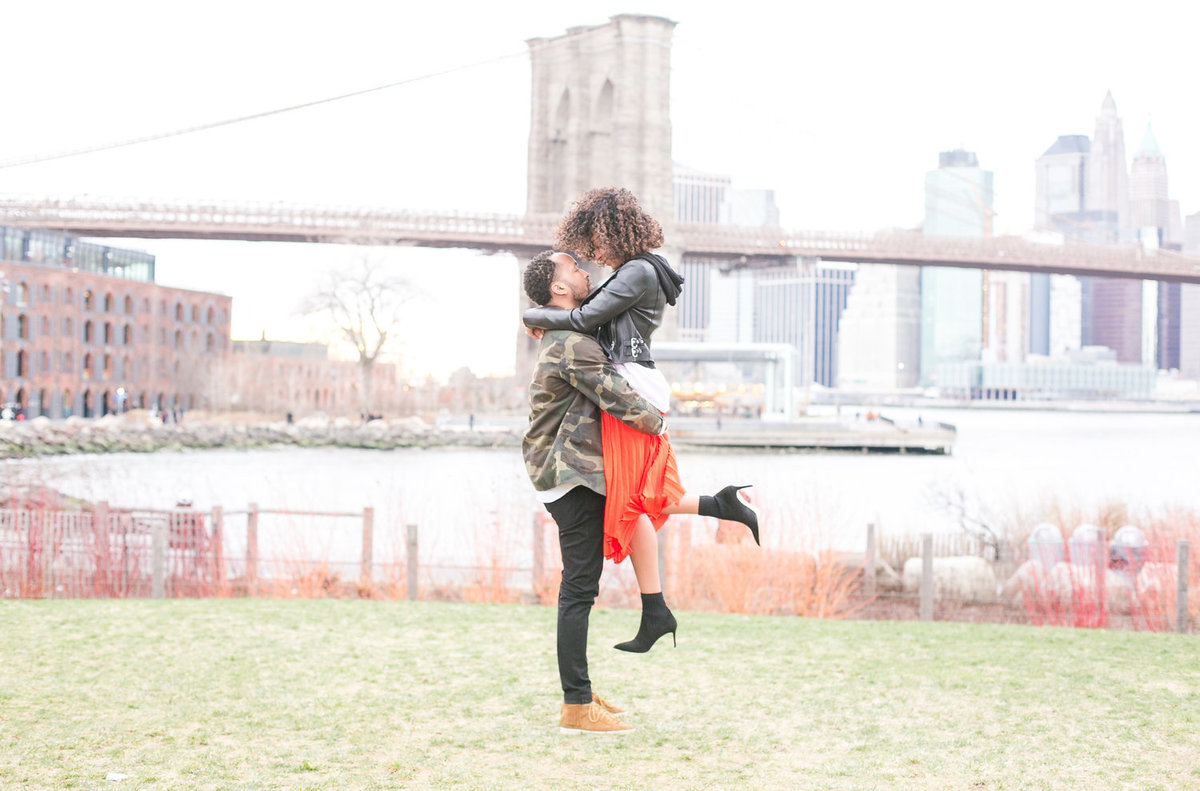 Brooklyn Bridge Engagement Session