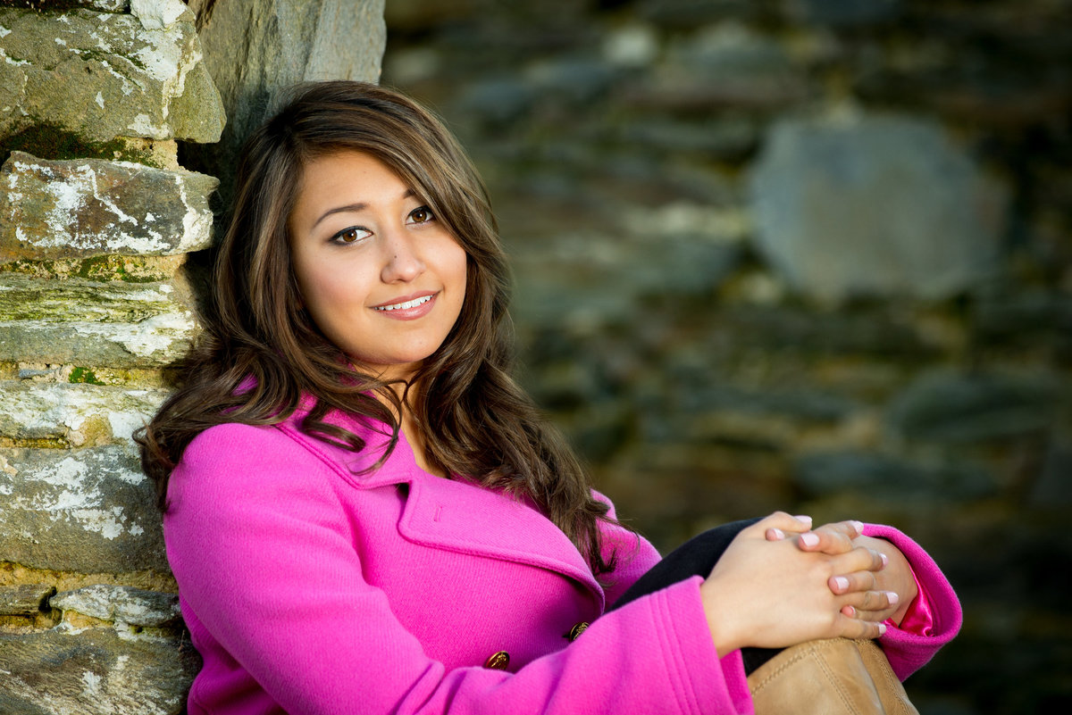 A pop of color can bring out  your smile  in your senior portraits