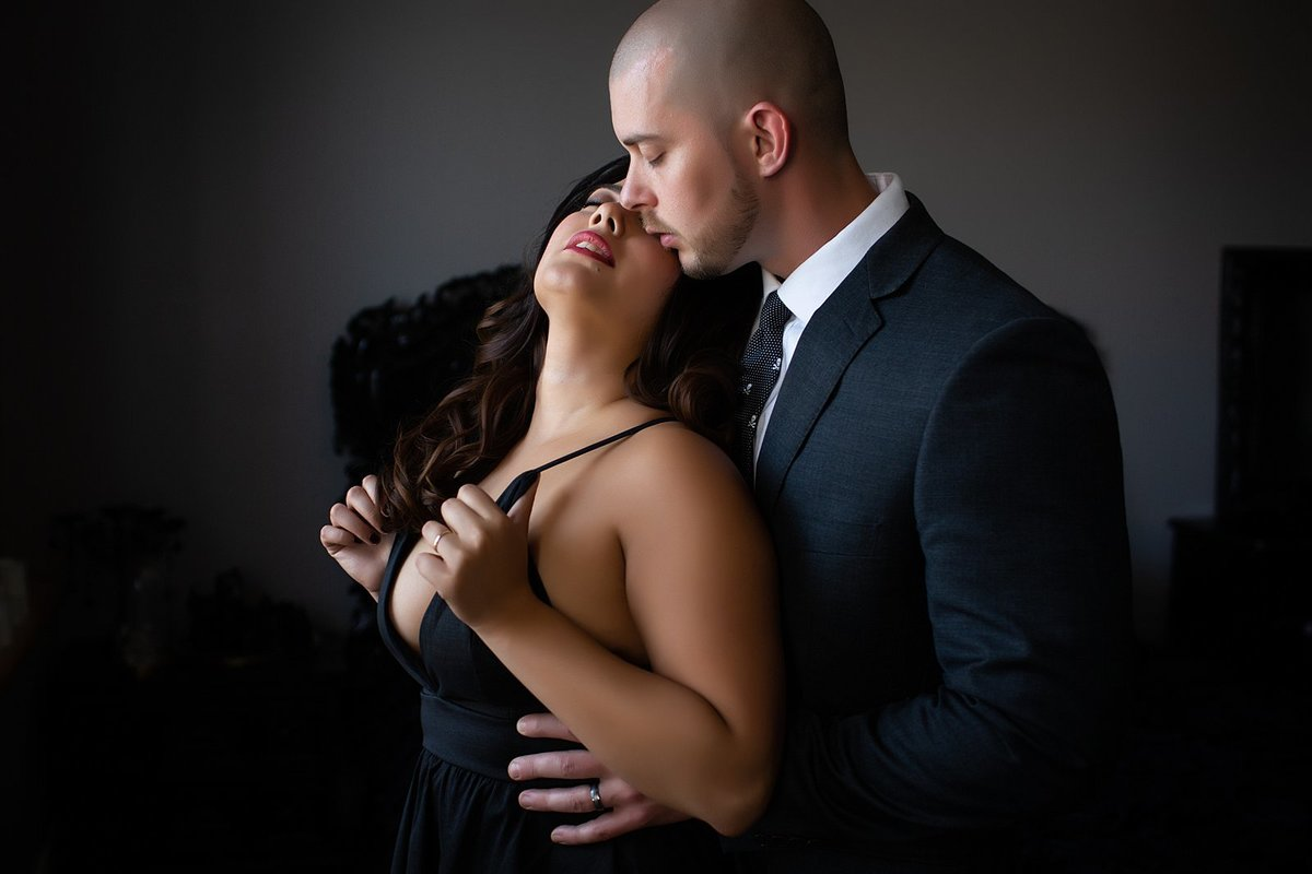 Hampton Roads Virginia Couples Boudoir Photographer (11)