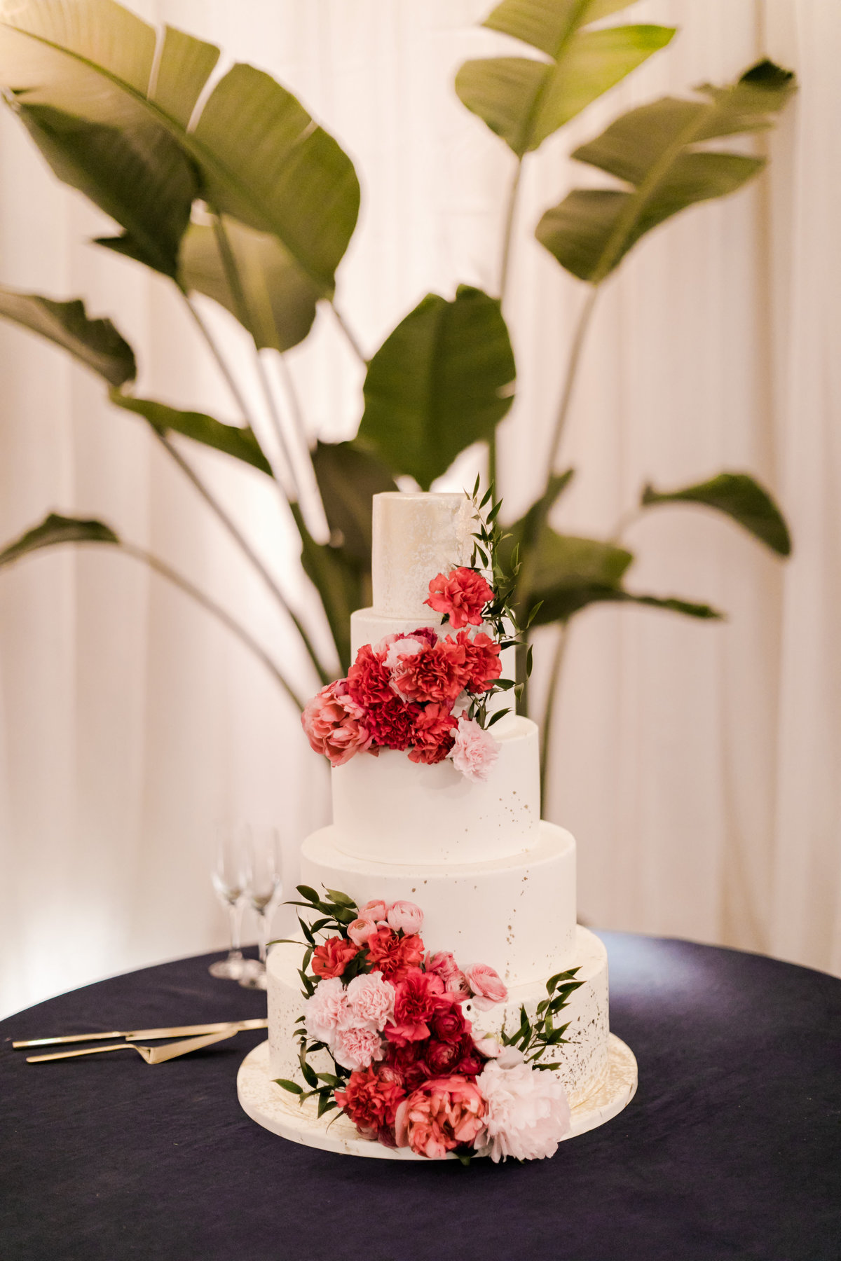 Tropical_Modern_Fairmont_Santa_Monica_Navy_Pink_Wedding_Valorie_Darling_Photography - 123 of 146