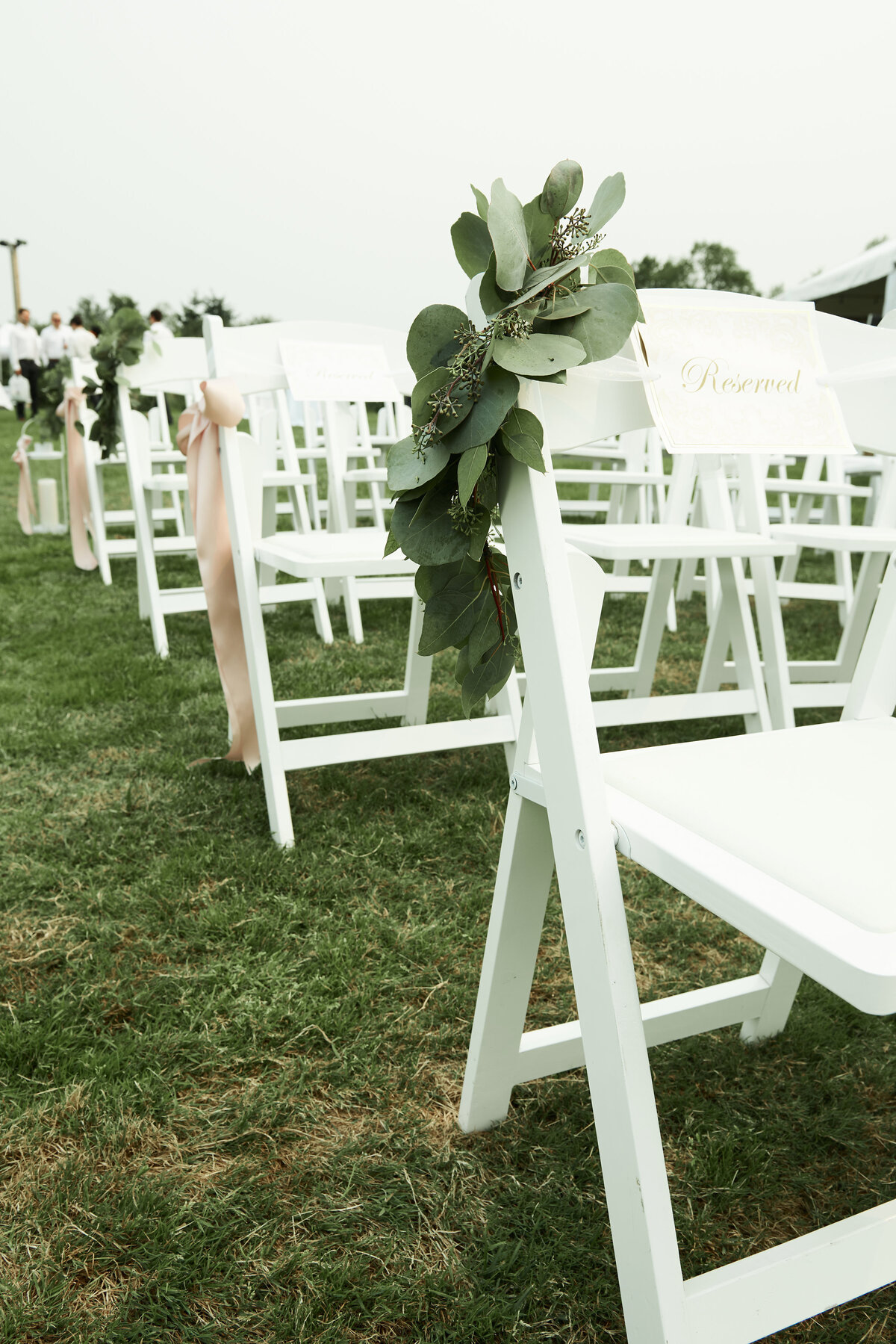 white-blush-greenery-wedding-ceremony-pew-markers-12