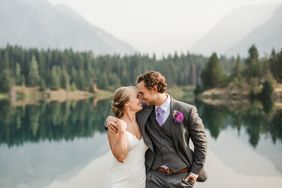 Snoqualmie-Pass-Elopement-Gold-Creek-Pond-83