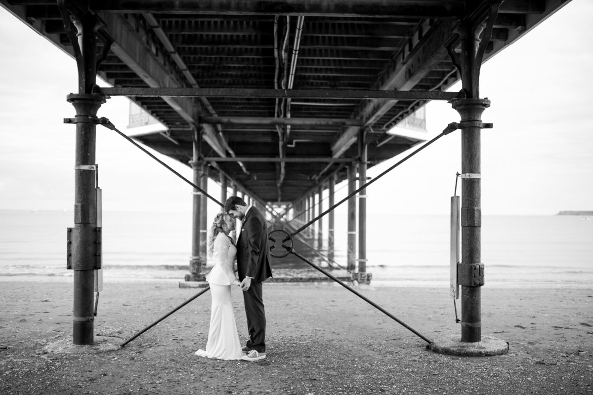 wedding photography under paignton pier