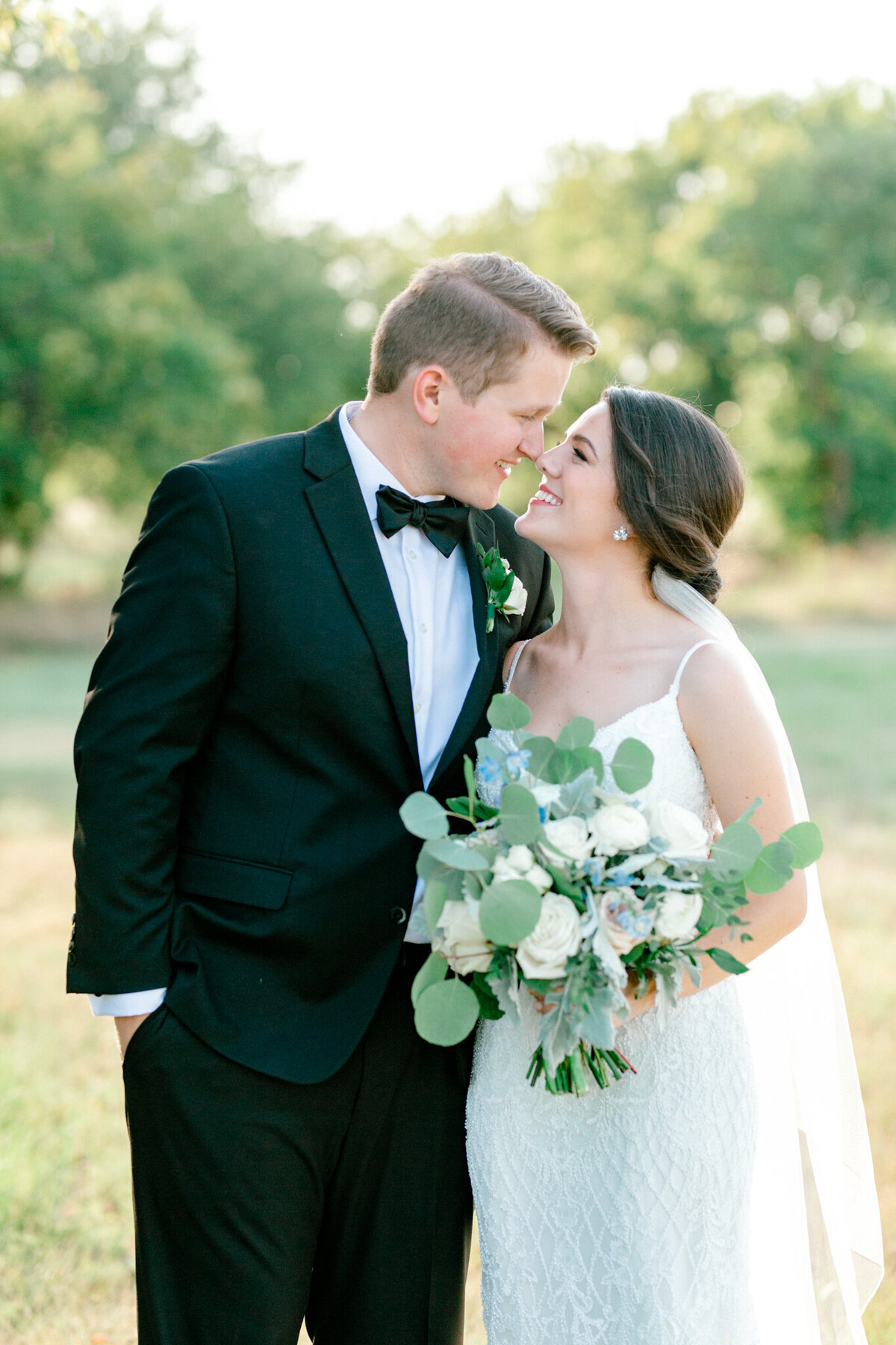 Anna & Billy's Wedding at The Nest at Ruth Farms | Dallas Wedding Photographer | Sami Kathryn Photography-160