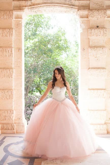 quinceaneras-claudiarios-photography-2