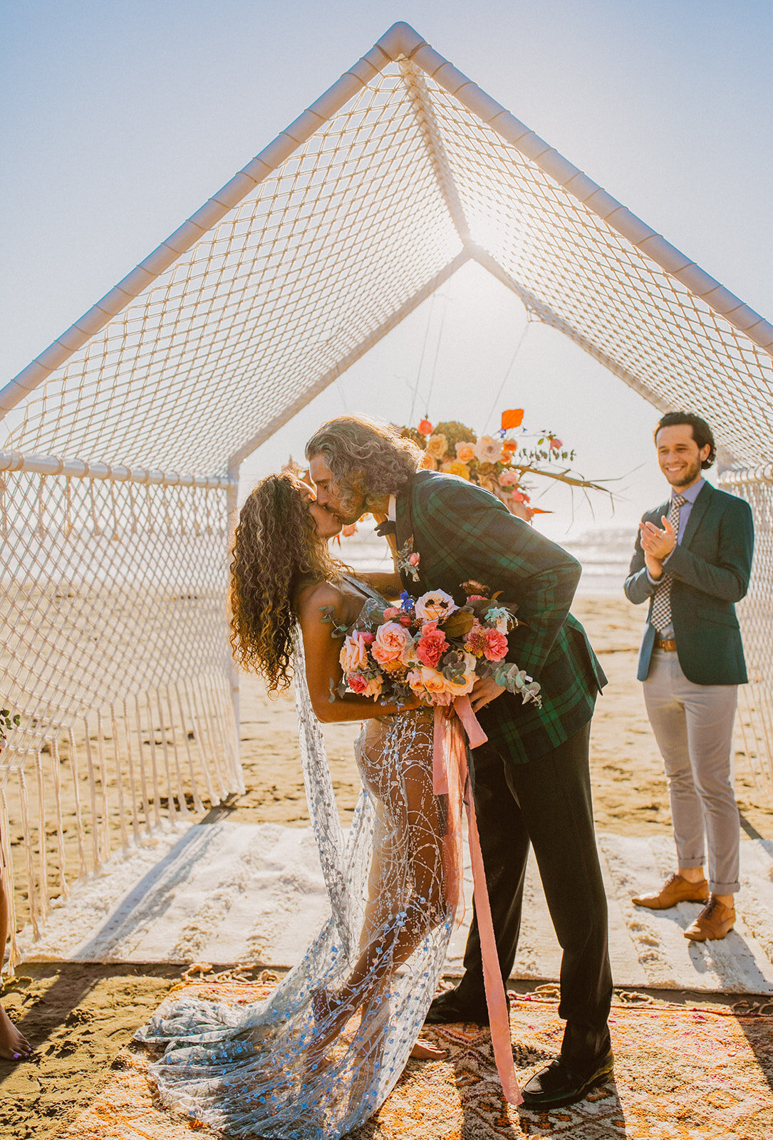 Bohemian_Beach_Micro_Wedding_Macrame_Tent