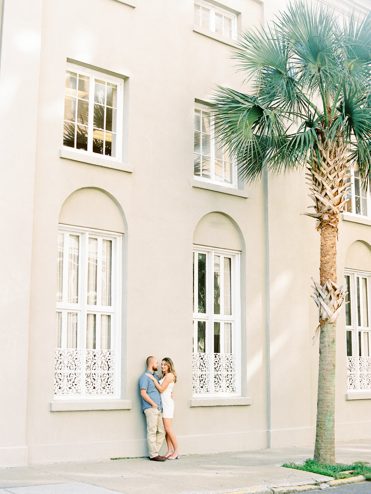 Rainbow-Row-Downtown-Charleston-Engagement-19