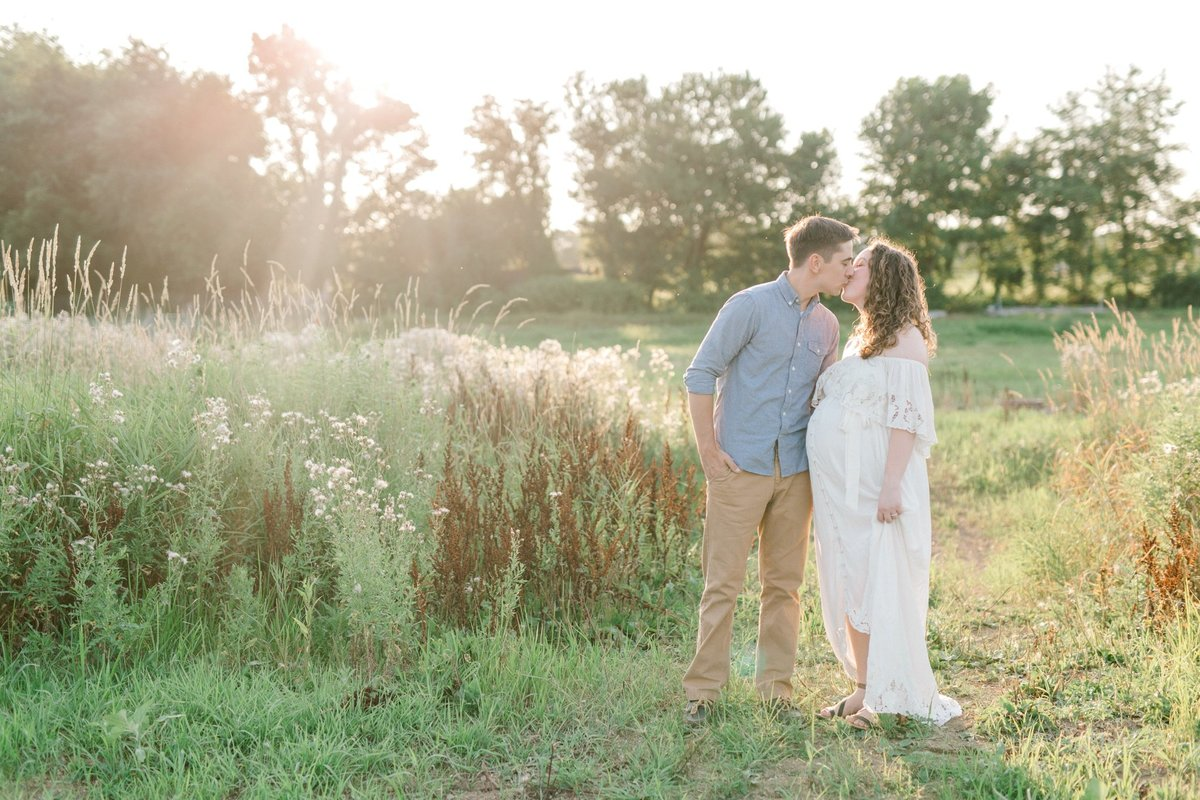 ETHEREAL SUMMER MATERNITY SESSION | MECHANICSBURG MATERNITY PHOTOGRAPHER_0978