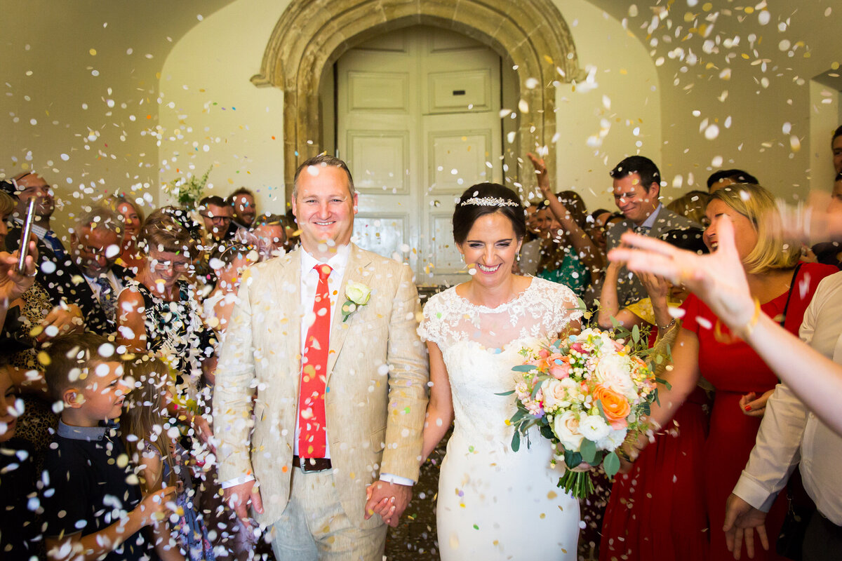 Wedding-Farnham-Castle-confettijpg-1