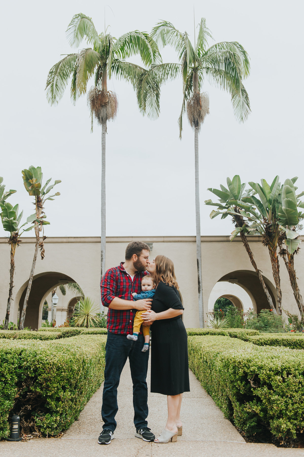 sandiego-portrait-lifestyle-photographer-photography-family-lindsay-kreighbaum-8