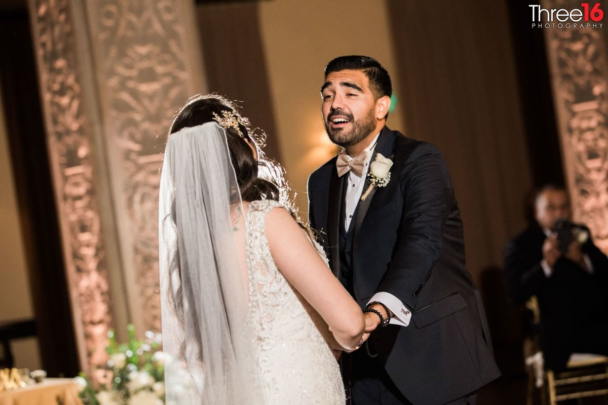 wedding photography at the ebell of la_1