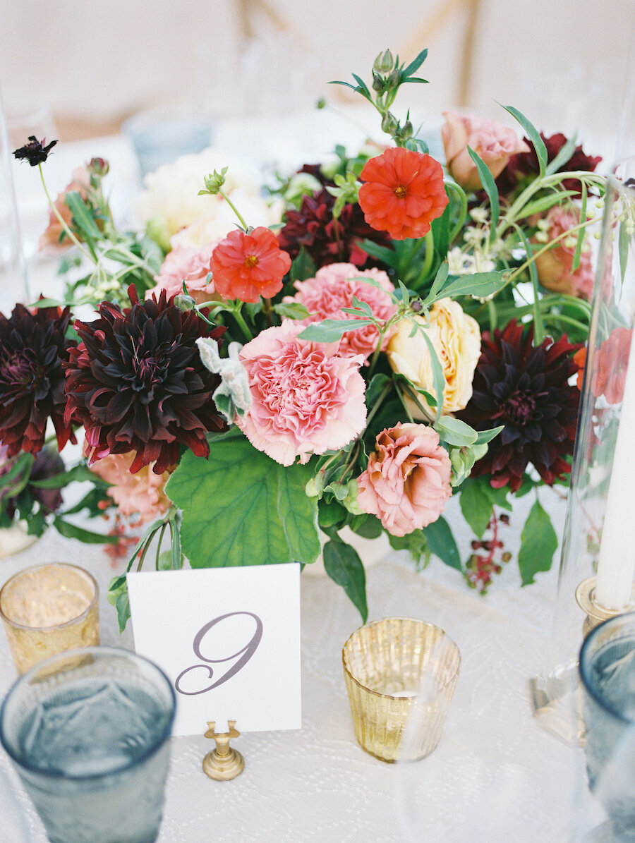 Fall Wedding Centerpiece Baltimore Wedding Photographer Robert Aveau for © Bonnie Sen Photography