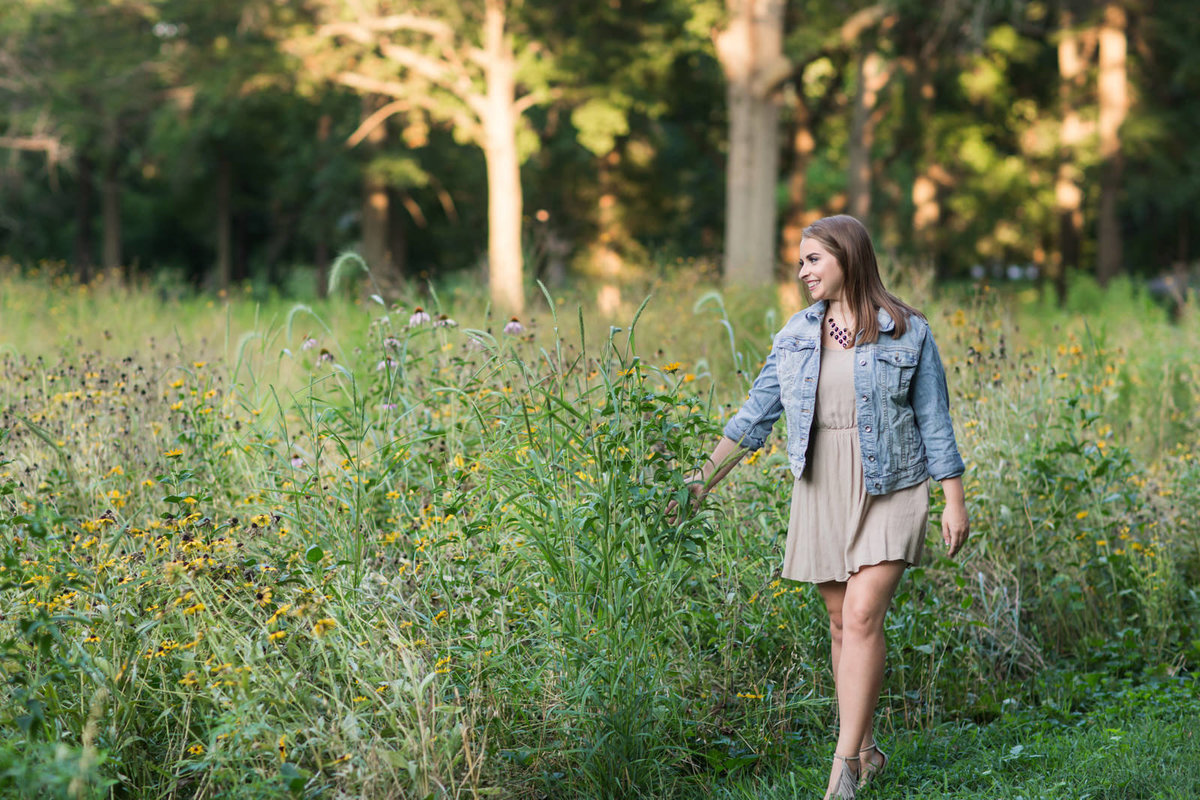 L Photographie senior photos Forest Park Tower Grove Park Queeny Park Lafayette Park 65