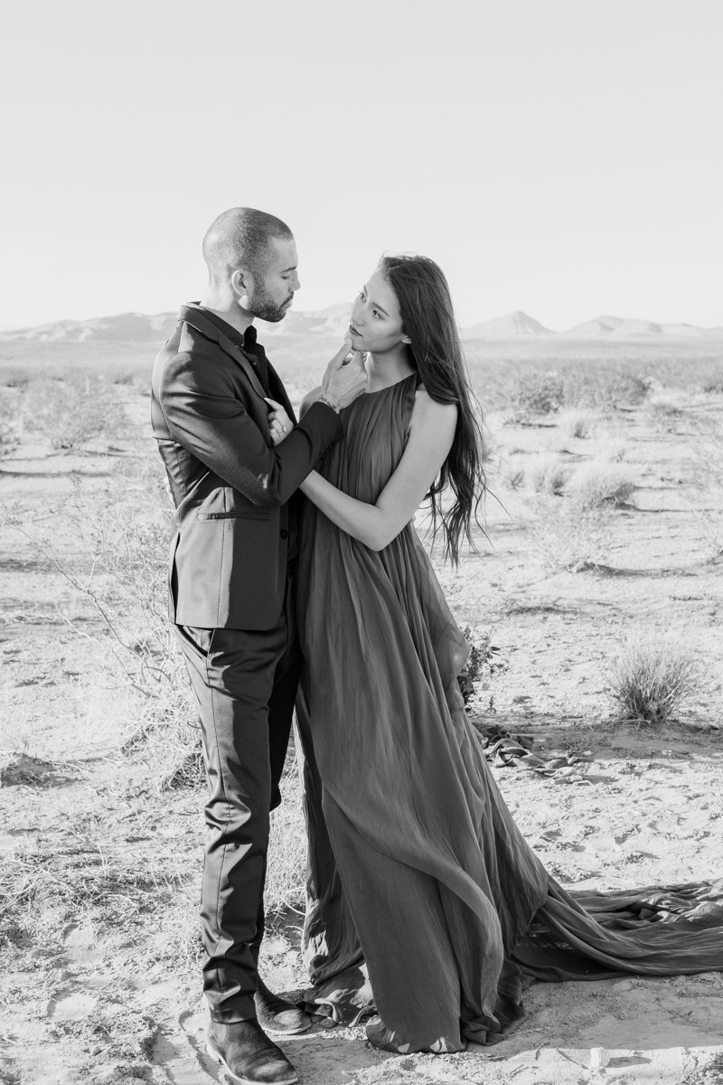 Beautiful-Desert-Elopement-Fine-Art-Las-Vegas-Wedding-Photographer-35