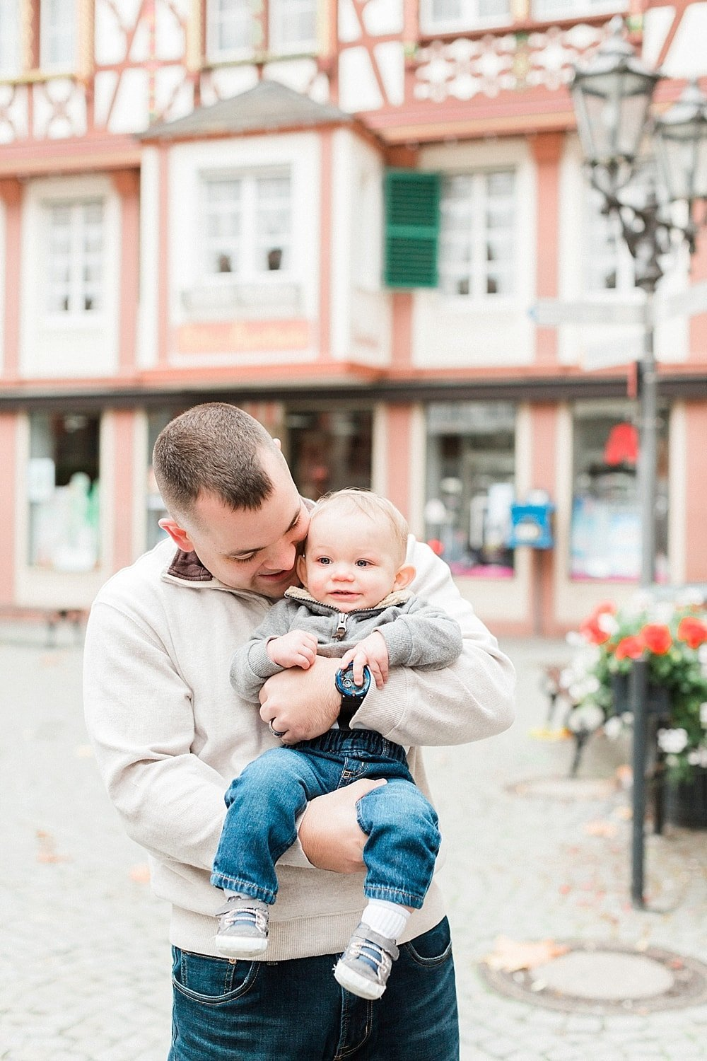 Destination family session photographed in Bernkastel, Germany by Alicia Yarrish Photography