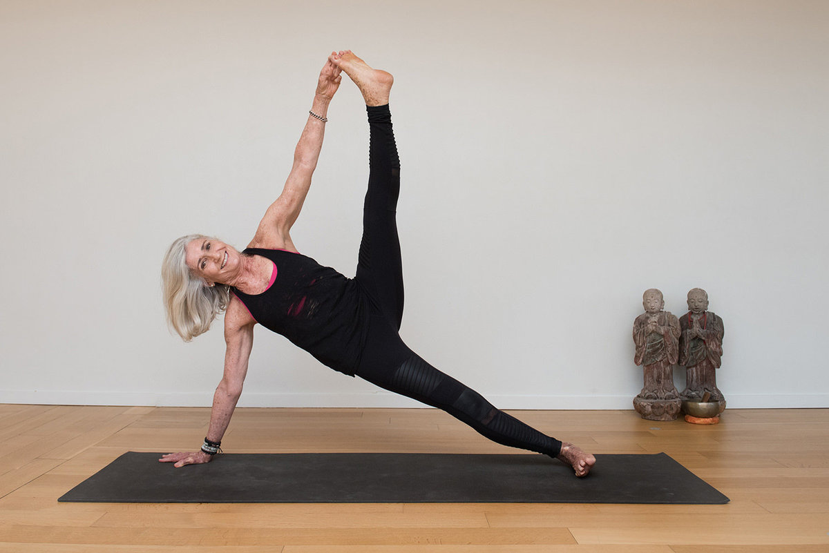 side plank variation woman senior yoga Vasisthasana