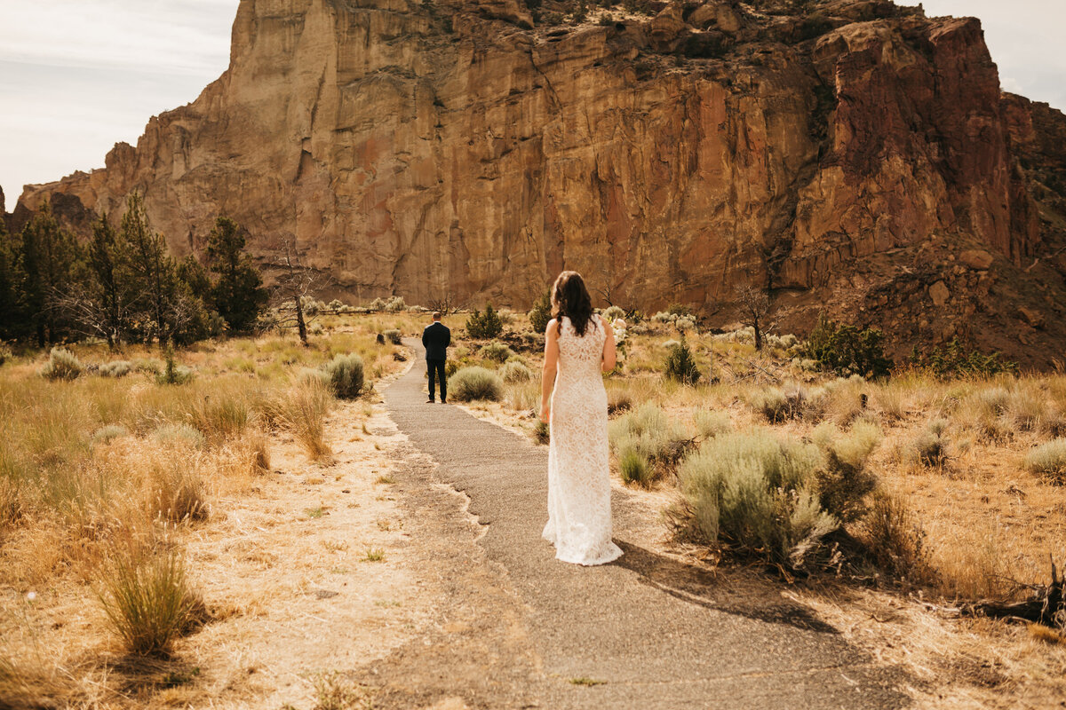 EMILY VANDEHEY PHOTOGRAPHY -- Corey + Kelly -- Elopement -- Smith Rock State Park -- Bend_ Oregon-4