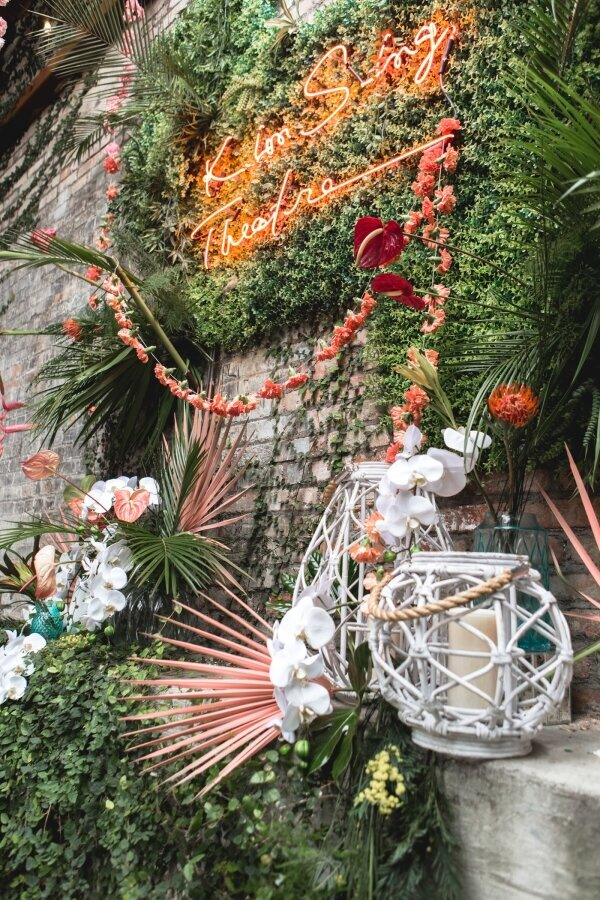 Tropical_Wedding_Decor_Kim_Sing_Theatre_Downtown_LA