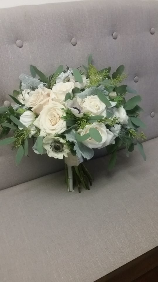 Rustic Greenery dusty miller bouquet