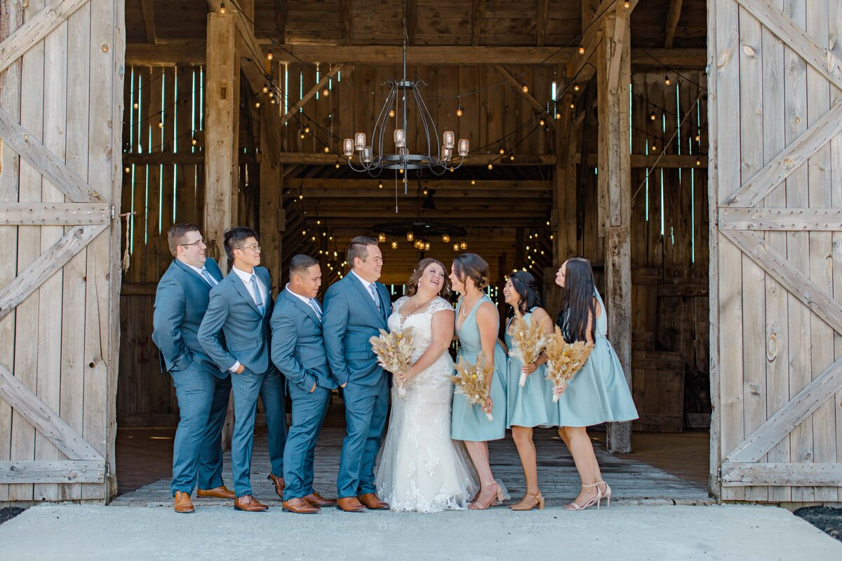 laura-ben-campbell-farm-white-lake-wedding-grey-loft-studio-2020-102