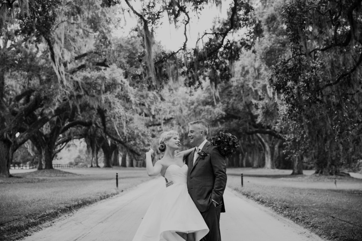 Boone-Hall-Plantation-Charleston-SC-wedding-portrait-photography-19