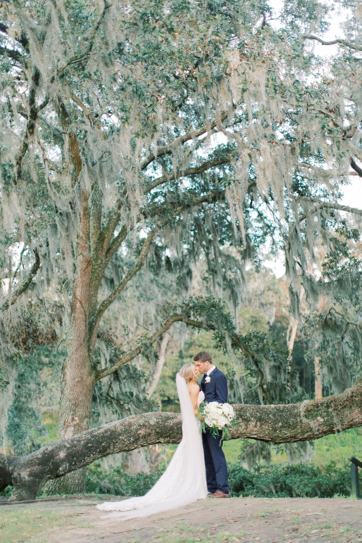 Melton_Wedding__Middleton_Place_Plantation_Charleston_South_Carolina_Jacksonville_Florida_Devon_Donnahoo_Photography__0813
